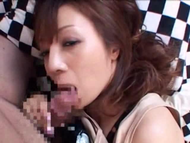 【子持ちシングルマザー、ハメ撮り動画】子持ちの熟女のハメ撮り無料jukujyo動画。デリヘルで働く子持ちのシングルマザー熟女が普段溜まった性欲を発散するように激しいハメ撮りセックス…