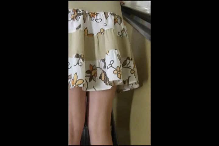 強制パンチラ盗撮!綺麗な外人女性達をこっそりスカート捲りw(綺麗なモデルさんのスカート捲っちゃおう! vol01)